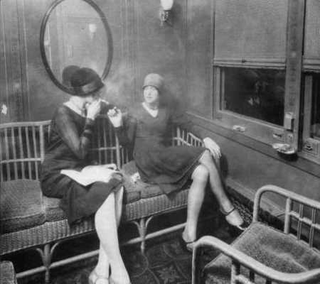 J+B-116_women's-smoking-car_1920s