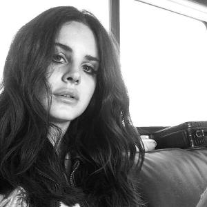 Lana Del Rey cover Santa Baby