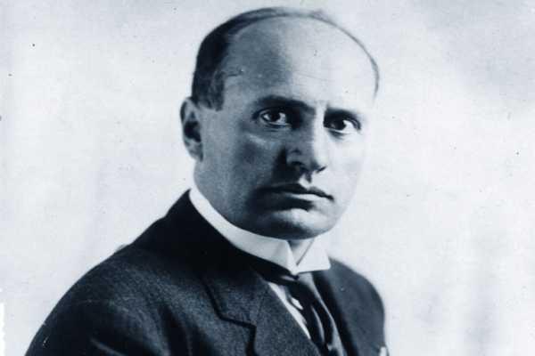 Foto di Mussolini sul profilo e La Germania non prema gli italiani