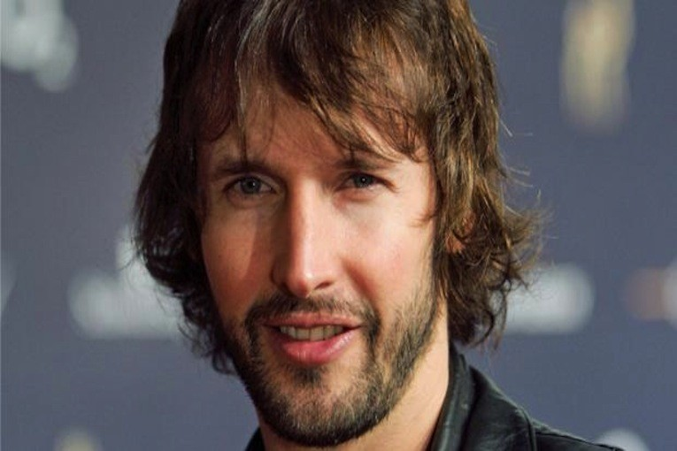 james blunt when i find love again album Former soldier james blunt premieres the video for when i find love again by james blunt online.