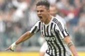 Una Juventus tritatutto annichilisce il Palermo 4-1.
