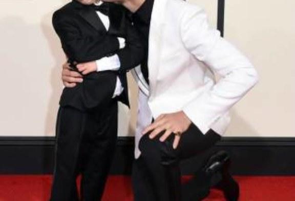 Si fingeva Justin Bieber su KIK per estorcere foto di nudo alle bambine. E' stato arrestato.
