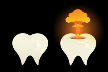 Un dentista aveva scritto che al suo paziente esplodevano i denti in bocca.