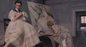 Una scena del film The Danish Girl: Einar posa per sua moglie Gerda