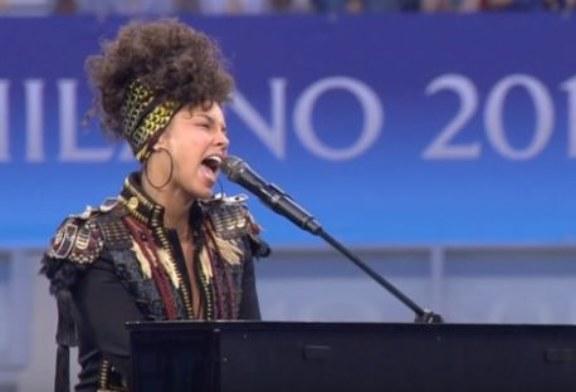 Video della perfomance di Alicia Keys prima della finale tra Atletico e Real.