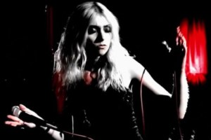 The Pretty Reckless – Take Me Down (Video in versione perfomance live).