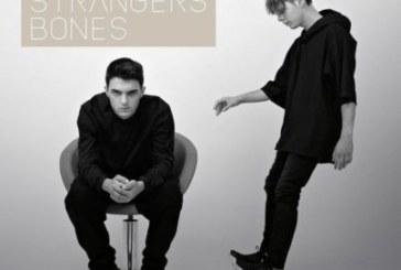 Urban Strangers – Bones (Lyric Video & Recensione)