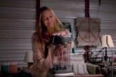 Drew Barrymore è una zombie cannibale nel trailer di Santa Clarita Diet della Netflix.