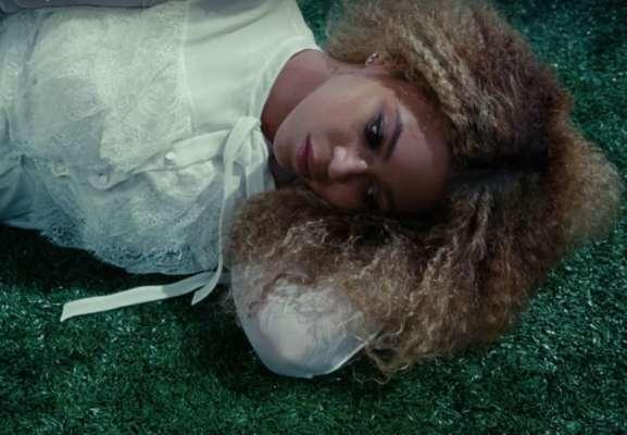 Beyoncé video Love Drought e Sandcastles