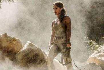 Prima foto ufficiale di Alicia Vikander come Lara Croft nel nuovo film di Tomb Raider.