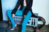 Kristen Stewart in topless per V Magazine. Guarda le foto.