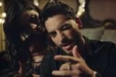 Maluma in versione playboy nel video di Felices Los 4.