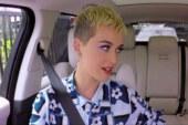 Katy Perry al Carpool Karaoke tra gossip e musica. I capelli corti…