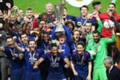 Con la morte nel cuore il Manchester United conquista l'Europa League 2017.