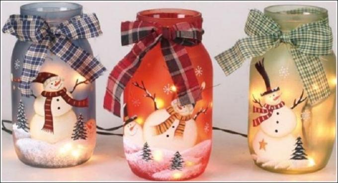 Lanterne natalizie barattoli decorati