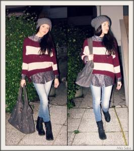 Maglioncino di lana a righe, Camicia metallizzata, Jeans: Terranova, Borsa con strass argento, Anfibi: Martin Pescatore.