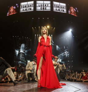 Taylor Swift's RED Tour - Los Angeles - 19/08/2013