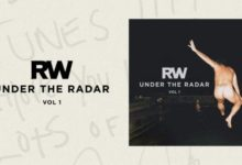 Robbie Williams - H.E.S. (album Under The Radar Vol.1 cover)