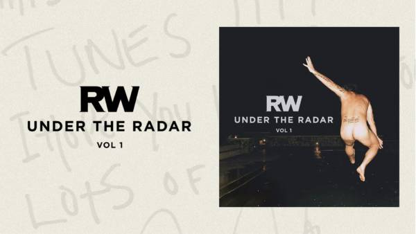 H.E.S. e Under the Radar Vol 1 di Robbie Williams