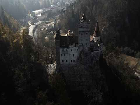 case infestate dai fantasmi - Bran Castle - Romania