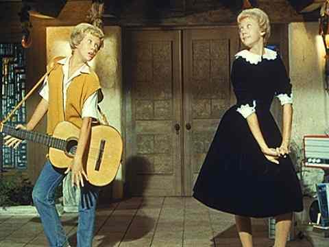 Il cowboy con il velo da sposa recensione film