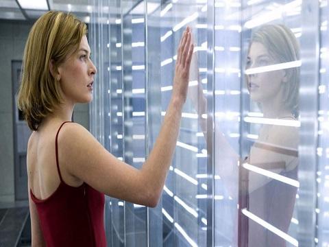 Resident Evil recensione film - Milla Jovovich in foto
