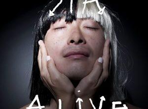 Sia nella cover di Alive