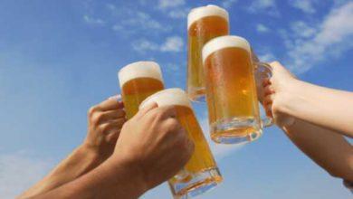 Bere birra porta parecchi benefici