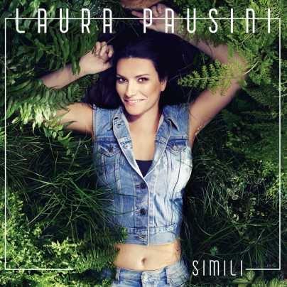 Laura Pausini nella cover di Simili