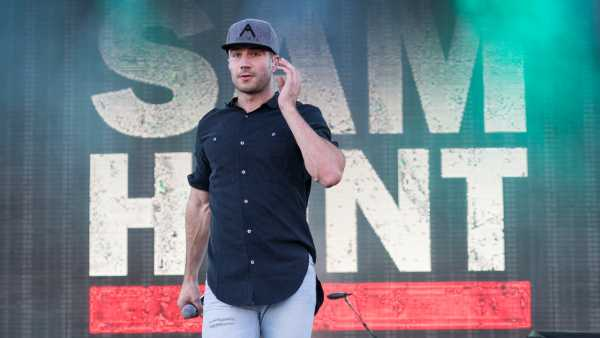 una foto del cantante country Sam Hunt