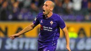 Fiorentina Atalanta 3 a 0 pagelle - Borja Valero esulta dopo aver segnato il 2 a 0 contro l'Atalanta