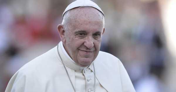 Papa Francesco sui social media