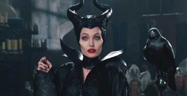 Maleficent 2 Angelina Jolie