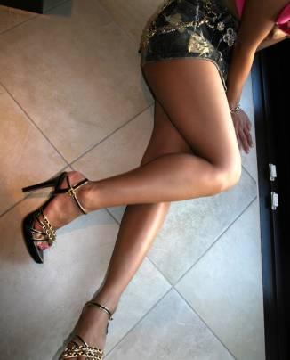 premium selection f4be9 5f0b0 Le donne con i tacchi alti vengono percepite come più ...