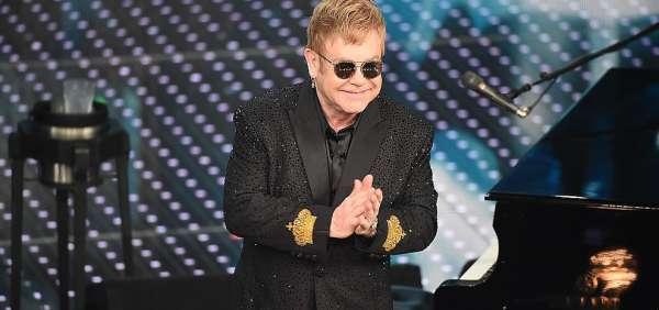 Elton John chiede di finanziare i test AIDS