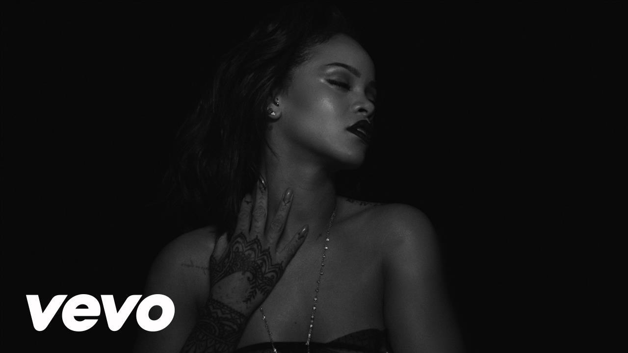 video Kiss It Better di Rihanna