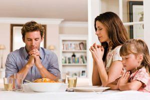 I figli cresciuti in famiglie religiose sono più egoisti