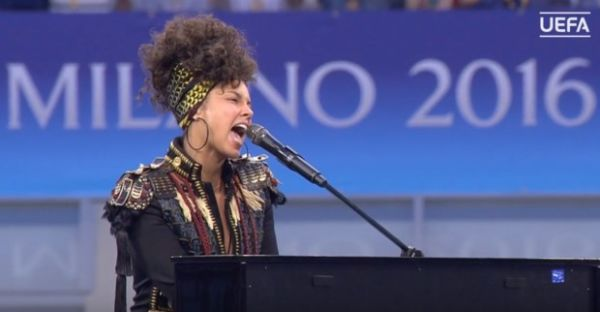 Alicia Keys finale Atletico e Real