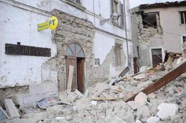 ufficio posta Arquata del Tronto post terremoto