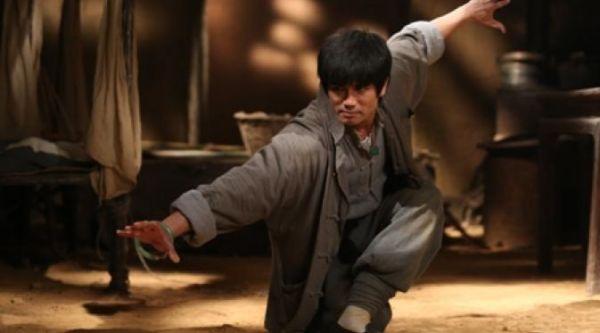 Birth of The Dragon fan Bruce Lee
