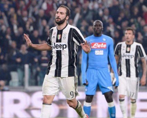 Juventus Napoli 2 1 Bonucci Callejon Higuain - Higuain esultanza contro il Napoli
