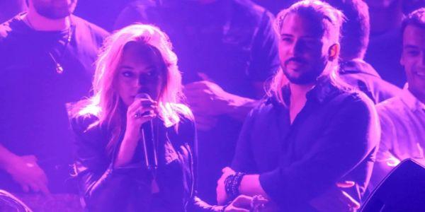 Lindsay Lohan urla contro i fan nel suo club ad Atene. Credits fameflynet