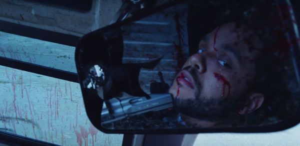 The Weeknd nel video musicale per False Alarm