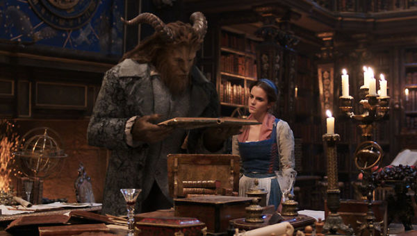 Ariana Grande & John Legend in Beauty & The Beast