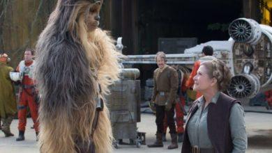 Chewbacca e Carrie Fisher - Principessa Leila - in Star Wars: il Risveglio della Forza
