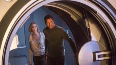 Chris Pratt e Jennifer Lawrence in Passengers.