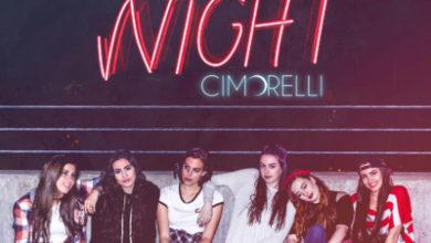 Le Cimorelli nella cover di Up At Night