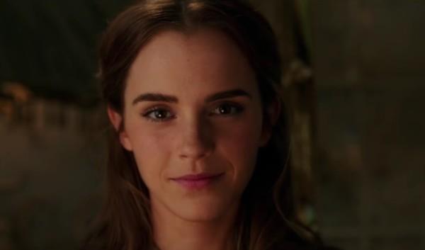 La Bella e La Bestia recensione - Emma Watson nel trailer internazionale di La Bella e La Bestia