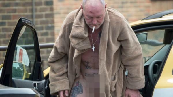 Paul Gascoigne ubriaco e nudo