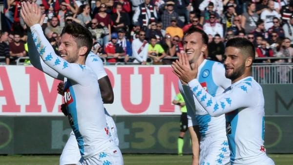 Mertens e Insigne in Cagliari Napoli 0 5 del dicembre 2016